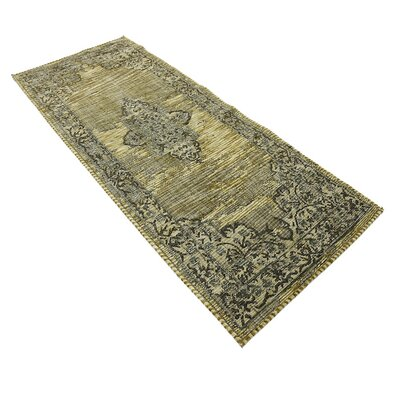 Alessandro Green Area Rug Rug Size: Runner 29 x 67