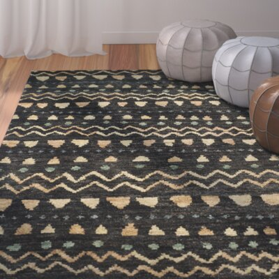 Pinehurst Black/Gold Area Rug