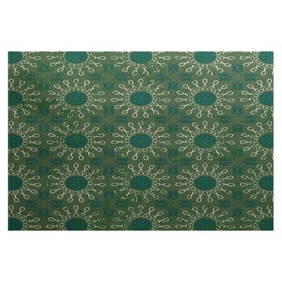 Soluri Green Indoor/Outdoor Area Rug