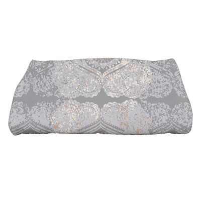 Soluri Patina Geometric Print Bath Towel Color: Gray