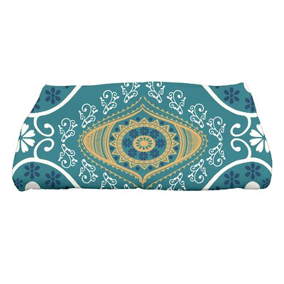 Soluri Illuminate Geometric Print Bath Towel Color: Blue