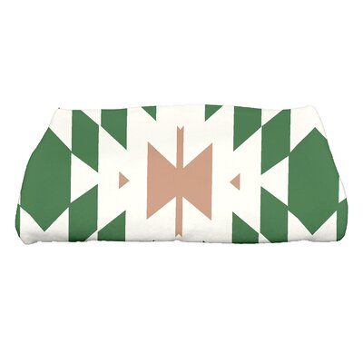 Soluri Geometric Print Bath Towel Color: Green