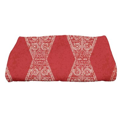 Soluri Pyramid Geometric Print Bath Towel Color: Red