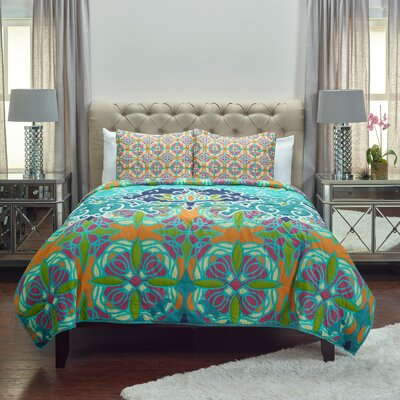 Cosette Quilt Size: King