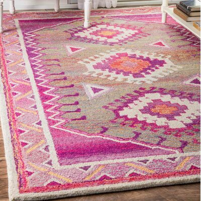 Bhatia Hand-Tufted Pink Area Rug Rug Size: Rectangle 76 x 96