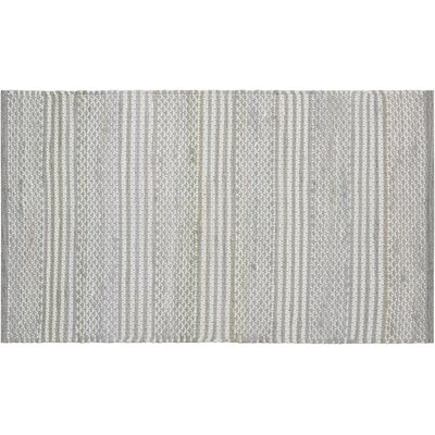 Maywood Doormat Color: Silver