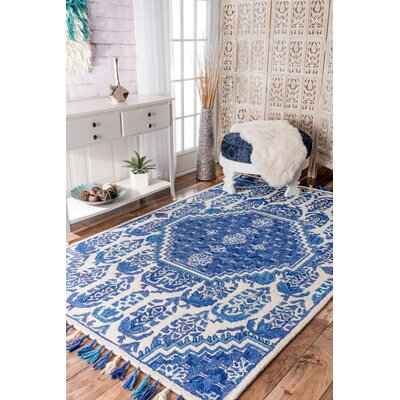 Justice Hand-Tufted Blue Area Rug Rug Size: Rectangle 76 x 96