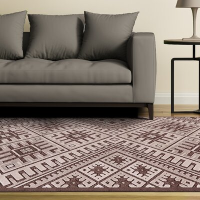 Vivienne Coffee/Brown Area Rug Rug Size: 76 x 106