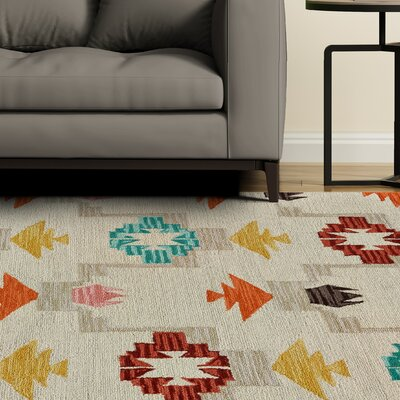 Pacifica Hand-Tufted Ivory/Crimson Area Rug Rug Size: Rectangle 5 x 8