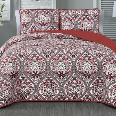 Elizabeth 3 Piece Quilt Set Color: Brick, Size: Queen