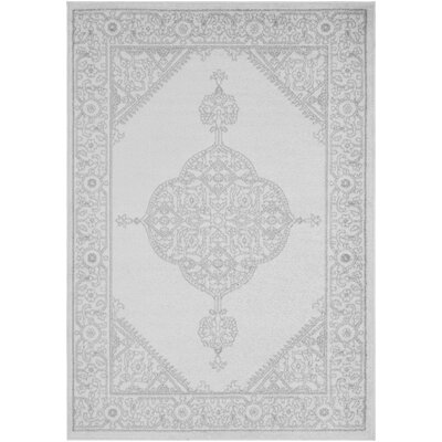 Corinna Gray/Cream Area Rug Rug Size: 5 x 76