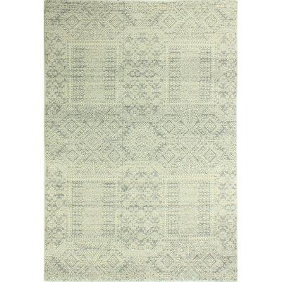 Felicienne Silver Geometric Area Rug Rug Size: 5 x 77
