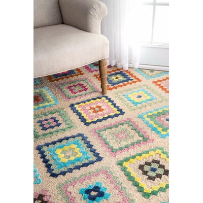 Audie Hand-Tufted Beige/Blue/Green Area Rug Rug Size: 7'6