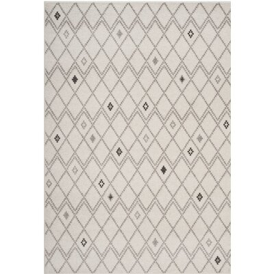 Buckleton Geometric Ivory/Gray Area Rug Rug Size: Rectangle 51 x 76
