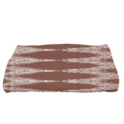 Arlo Geometric Bath Towel Color: Maroon