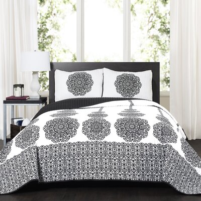 Nemeara 3 Piece Quilt Set Size: Full/Queen