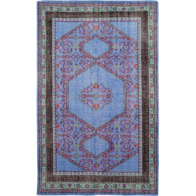 Hagerman Hand-Knotted Classic Navy/Red Area Rug Rug size: Rectangle 56 x 86