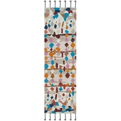 Lockheart Hand-Tufted Beige/Blue Area Rug Rug Size: Runner 23 x 8