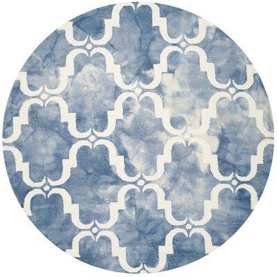 Laguna Hand-Tufted Blue/Ivory Area Rug Rug Size: Round 7