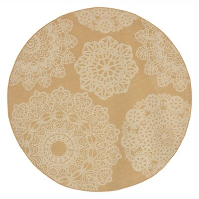 Devondra Crochet Beige/Yellow Indoor/Outdoor Area Rug Rug Size: Round 710
