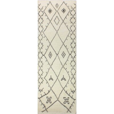 Floressa Hand-Knotted Ivory Area Rug Rug Size: Runner 26 x 8