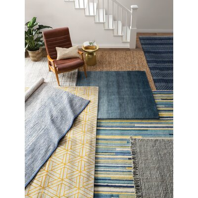 Windom Hand-Woven Gray Area Rug Rug Size: Rectangle 3 x 5