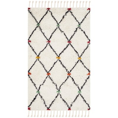 Cosima Hand-Tufted Ivory/Black Area Rug Rug Size: Rectangle 4' x 6'