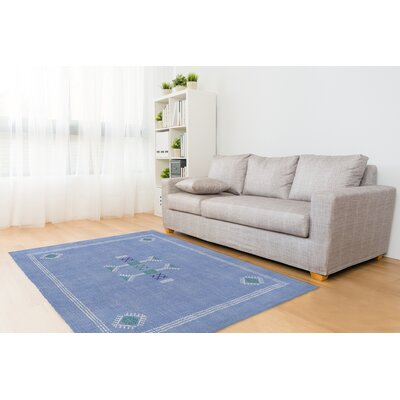 Zoe Kilim Blue Area Rug Rug Size: 8 x 10