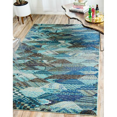 Amaira Area Rug Rug Size: Rectangle 7 x 10