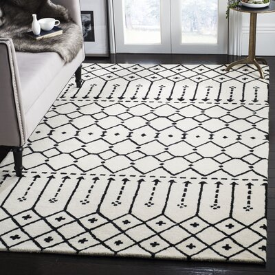 Cuddy Hand-Tufted Wool Ivory/Black Area Rug Rug Size: Rectangle 5 x 8