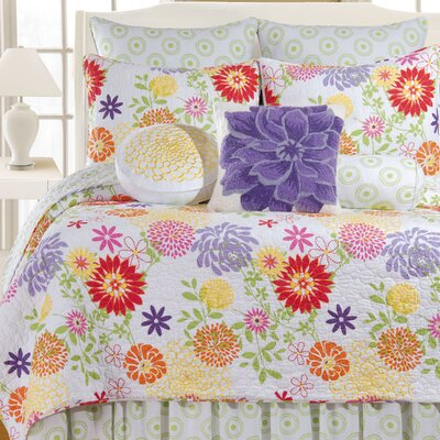 Cayce Quilt Collection