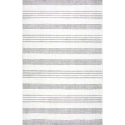 Serina Hand-Loomed Gray Area Rug Rug Size: Rectangle 76 x 96