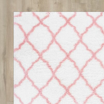 Kellie Hand-Tufted Baby Pink Area Rug Rug Size: 4 x 6