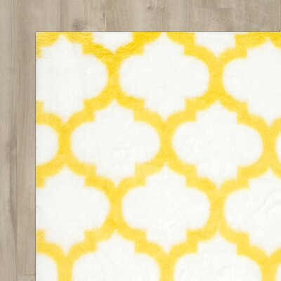 Keefe Yellow/White Area Rug Rug Size: 76 x 96