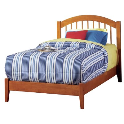 Chaplin Platform Bed Size: Twin XL, Color: Natural