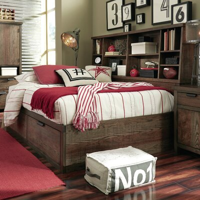 Cecil Platform Bed with Bookcase Size: Full