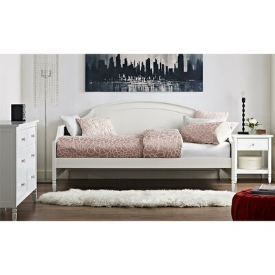 Arinna Daybed
