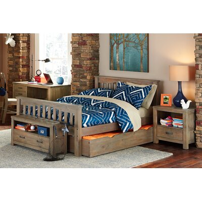 Gisselle Slat Bed Size: Full, Color: Driftwood