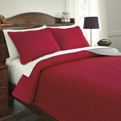 Manuel Coverlet Set Color: Red / Gray, Size: Full