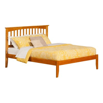 Piper Platform Bed Size: King, Finish: Caramel Latte