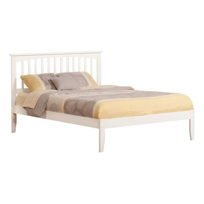 Piper Platform Bed Size: Queen, Finish: White