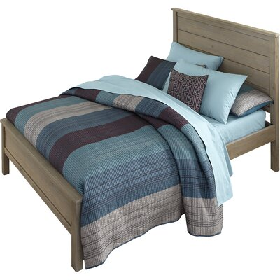 Gisselle Panel Bed Size: Twin, Finish: Driftwood