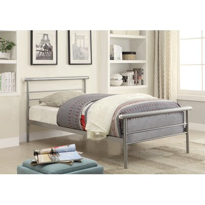 Arlo Platform Bed Size: Twin