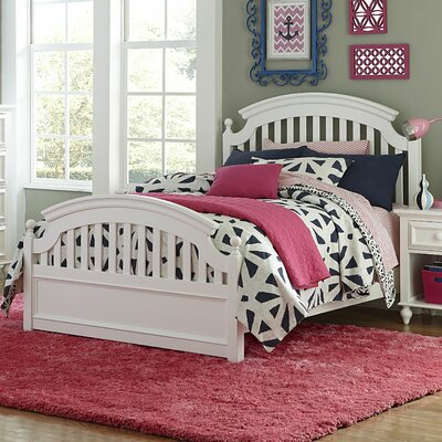 Hannah Panel Bed Size: Full, Finish: White