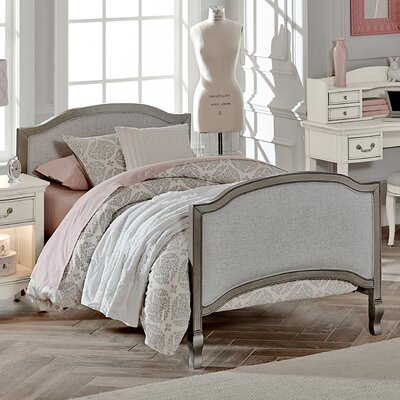Winifred Twin Bed Size: Twin, Color: Antique Silver