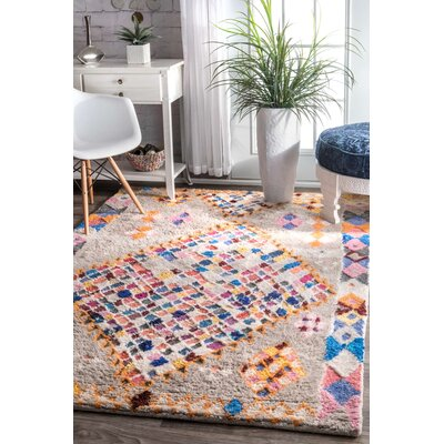 Gwyneth Hand-Tufted Gray Area Rug Rug Size: Rectangle 5 x 8