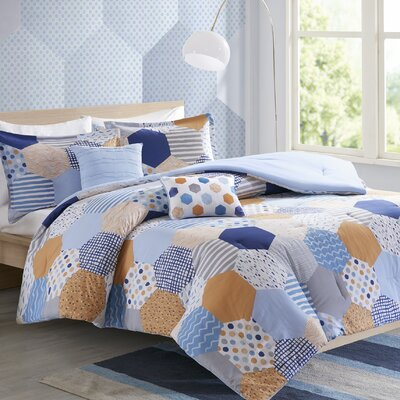 Kendra Comforter Set Size: Full/Queen