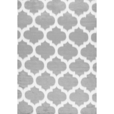 Rosemarie Faux Sheepskin Gray Area Rug Rug Size: Rectangle 7' x 9'