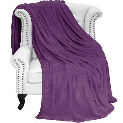 Karlie Ultra Soft Microplush Blanket Color: Plum, Size: Full/Queen