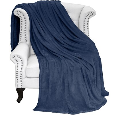 Karlie Ultra Soft Microplush Blanket Color: Dark Blue, Size: Full/Queen